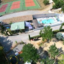 Camping  Piscine chauffée et Tennis Riez