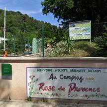L'entrée du Camping Rose de Provence