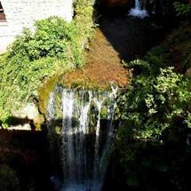 Cascade à Moustiers-Sainte-Marie