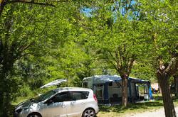 D'avril à juin:Tarif  à partir de 5 nuits-Emplacement camping