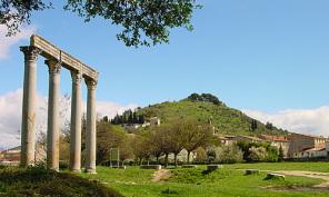 Les magnifiques  colonnes Romaines à Riez 04